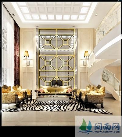设计师采用了欧式中经典的元素和手法,譬如罗马柱和家具的配搭,但在