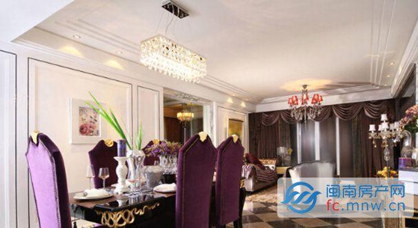 华丽欧式吊顶设计 客厅空间多层次